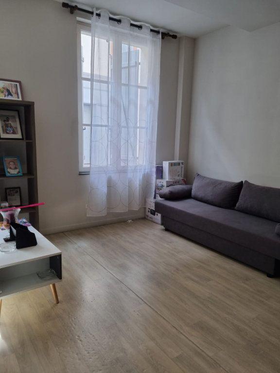 Appartement à louer 2 45.96m2 à Montauban vignette-3