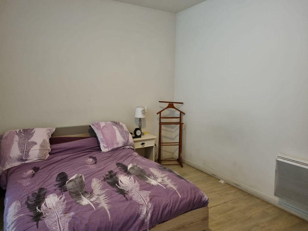 Appartement à louer 2 45.96m2 à Montauban vignette-4