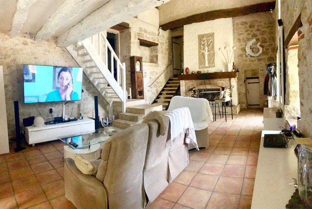 Maison à vendre 7 203m2 à Gasques vignette-3