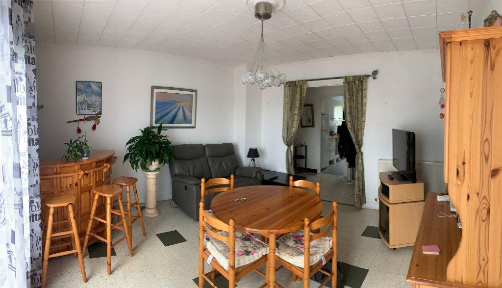 Appartement à vendre 3 68m2 à Moissac vignette-2