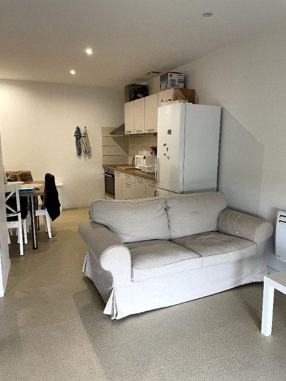 Appartement à louer 2 36.15m2 à Moissac vignette-2
