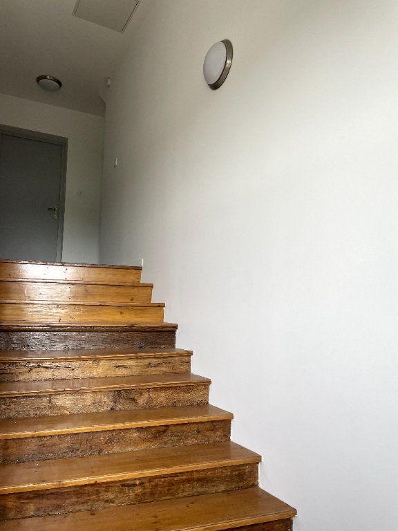 Appartement à louer 2 36.15m2 à Moissac vignette-6