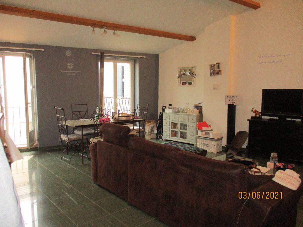 Appartement à louer 4 92m2 à Moissac vignette-2