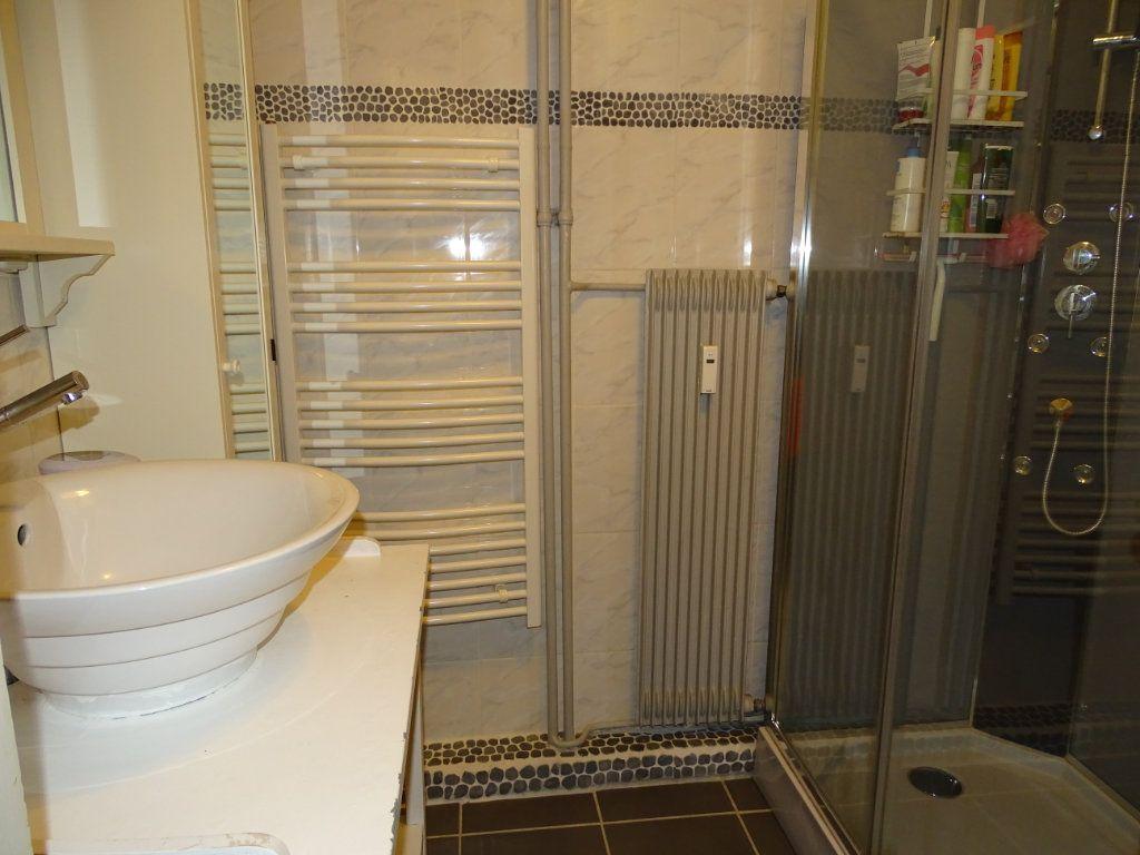 Appartement à vendre 5 84.23m2 à Saint-Étienne vignette-7