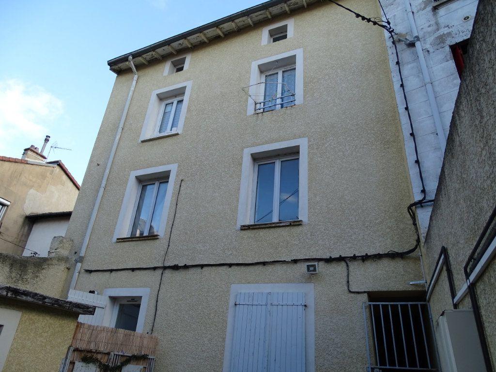 Immeuble à vendre 0 380m2 à Saint-Étienne vignette-1