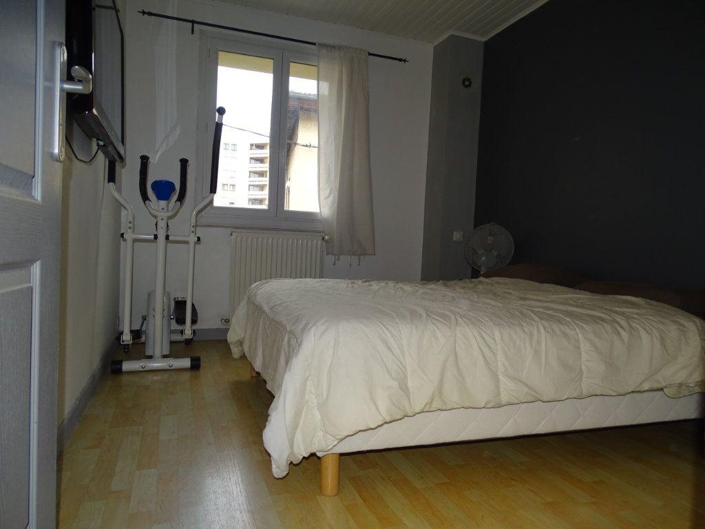 Maison à vendre 6 142.05m2 à Saint-Étienne vignette-12