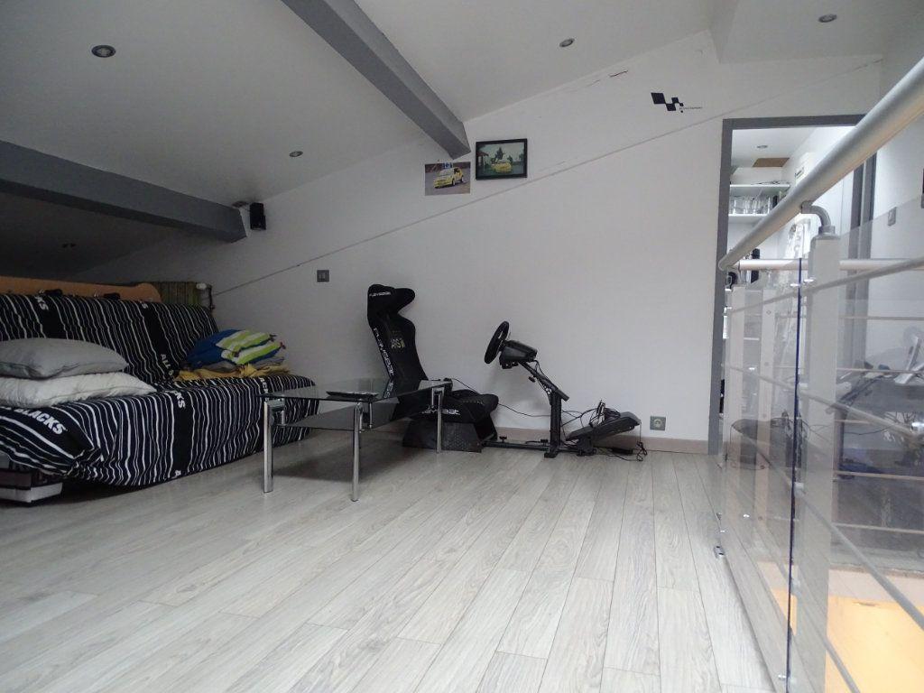 Maison à vendre 6 142.05m2 à Saint-Étienne vignette-13