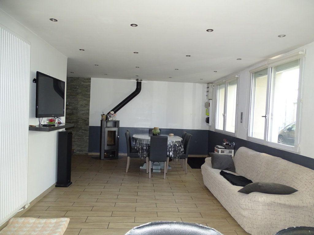Maison à vendre 6 142.05m2 à Saint-Étienne vignette-16