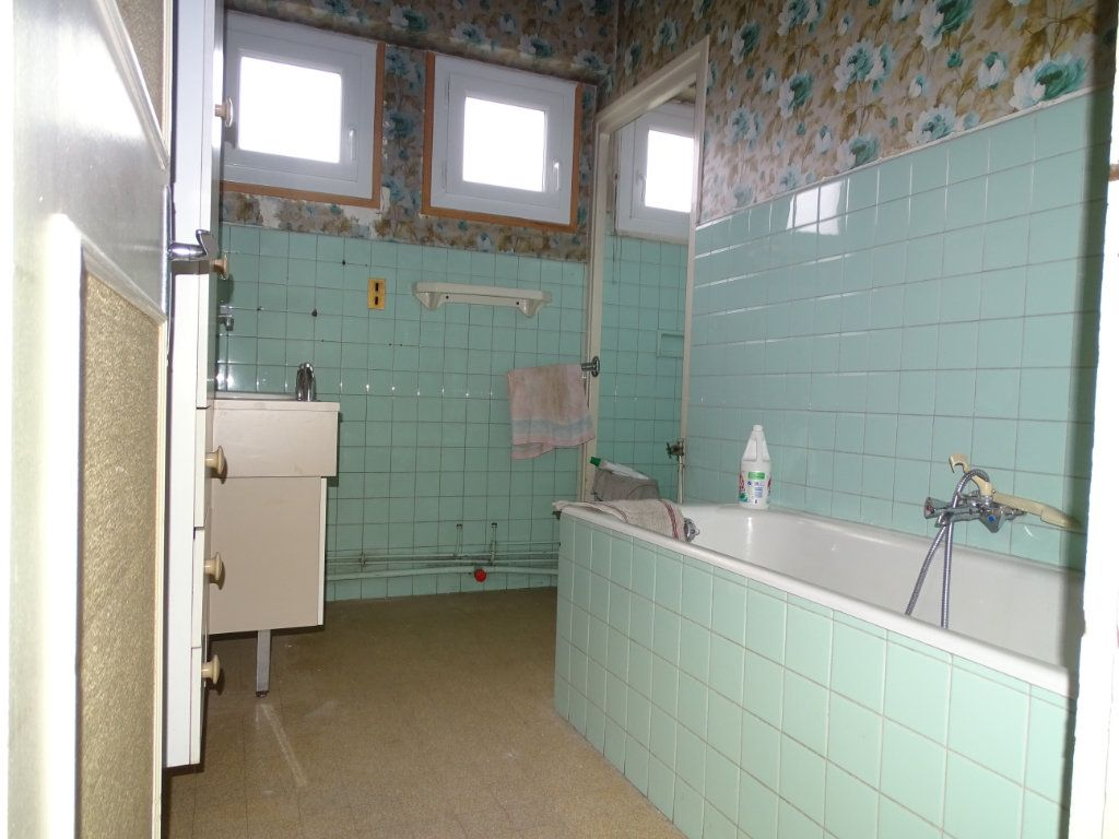 Appartement à vendre 5 122.3m2 à Saint-Étienne vignette-10