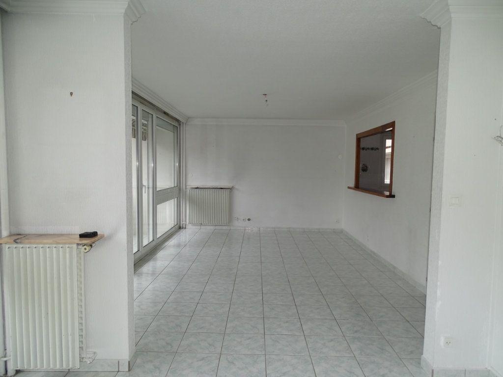 Appartement à vendre 5 94m2 à Saint-Étienne vignette-1