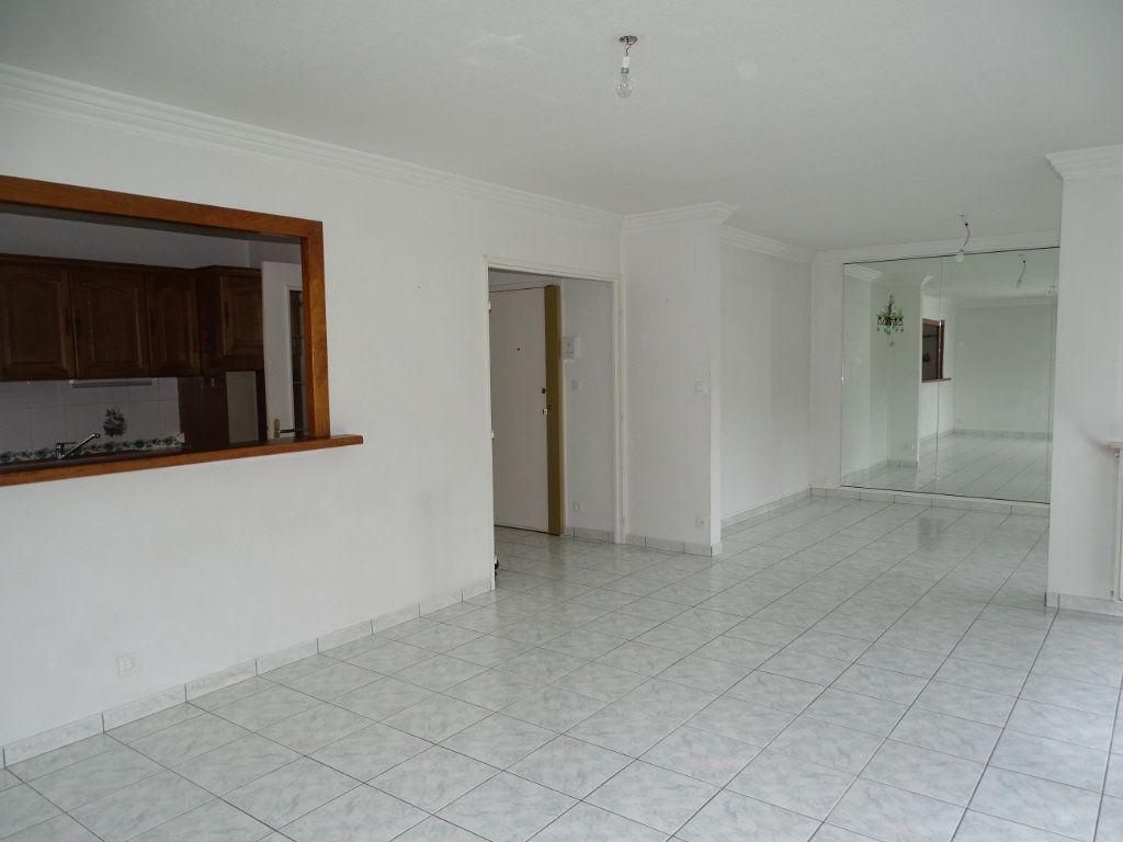 Appartement à vendre 5 94m2 à Saint-Étienne vignette-2