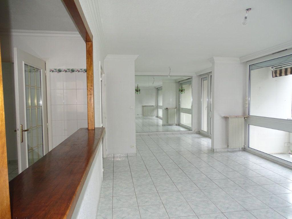 Appartement à vendre 5 94m2 à Saint-Étienne vignette-3