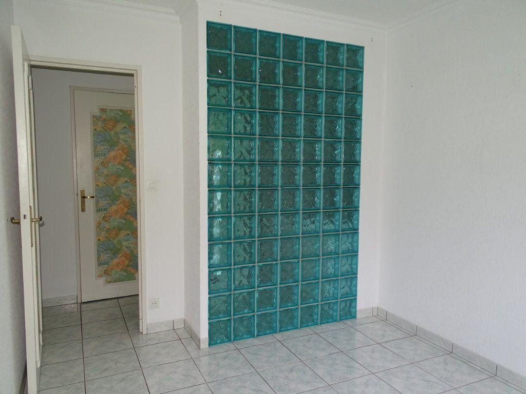 Appartement à vendre 5 94m2 à Saint-Étienne vignette-10