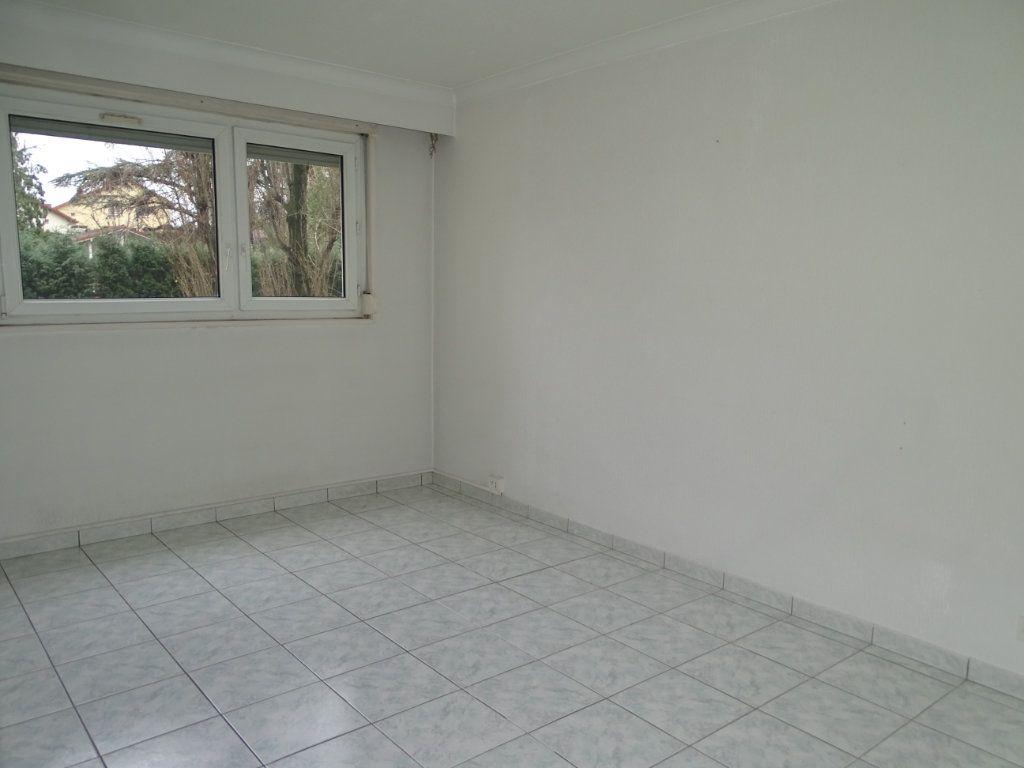Appartement à vendre 5 94m2 à Saint-Étienne vignette-11