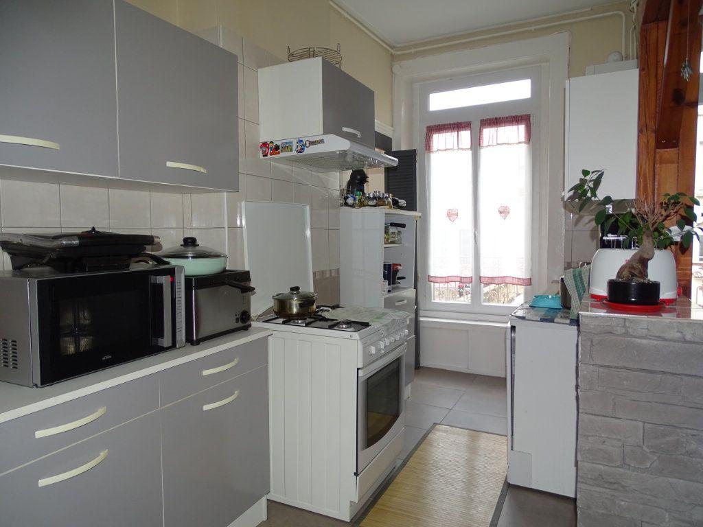 Appartement à vendre 4 89.73m2 à Saint-Étienne vignette-5