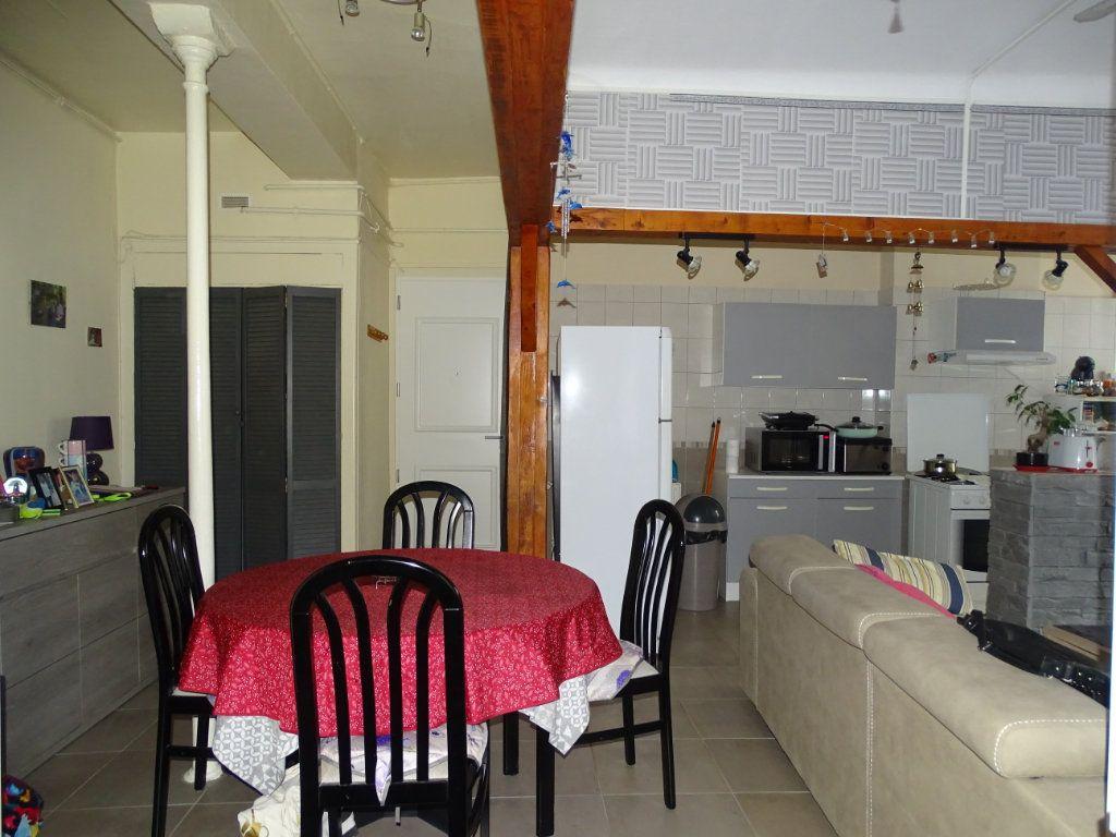 Appartement à vendre 4 89.73m2 à Saint-Étienne vignette-7