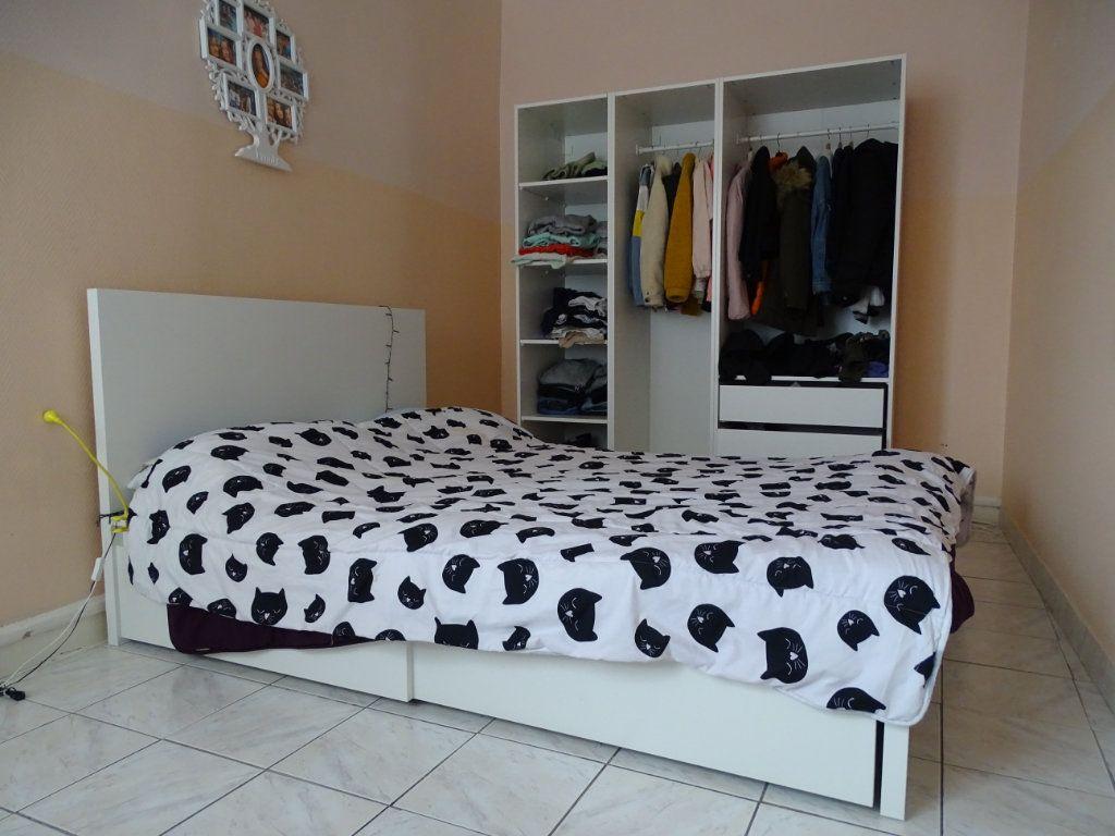Appartement à vendre 4 89.73m2 à Saint-Étienne vignette-12