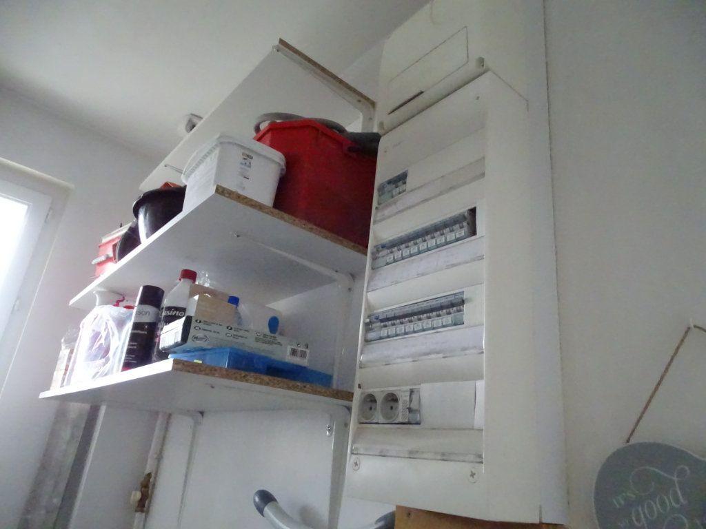 Appartement à vendre 4 96.36m2 à Saint-Étienne vignette-11