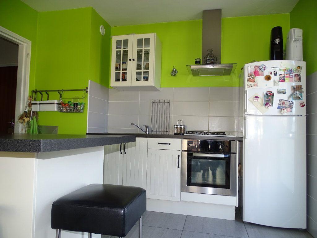 Appartement à vendre 3 61.1m2 à Saint-Étienne vignette-4