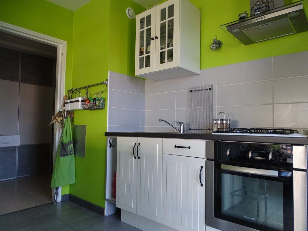 Appartement à vendre 3 61.1m2 à Saint-Étienne vignette-7