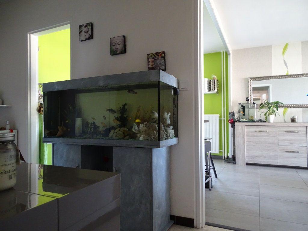Appartement à vendre 3 61.1m2 à Saint-Étienne vignette-11