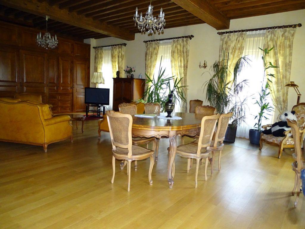 Appartement à vendre 8 324.41m2 à Saint-Chamond vignette-2