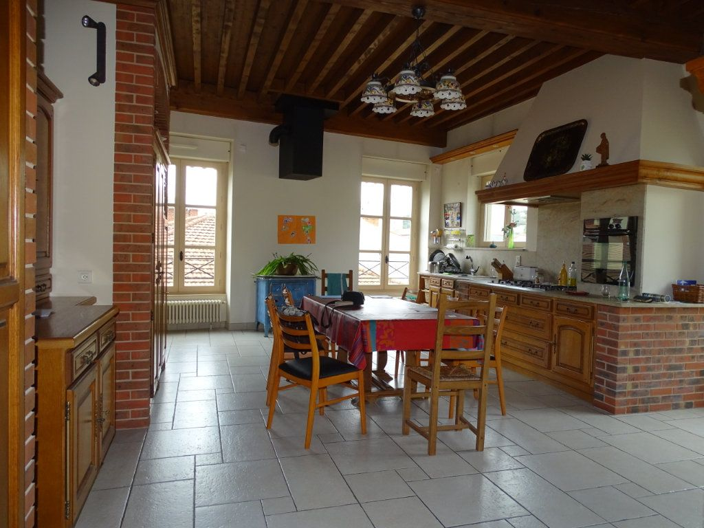 Appartement à vendre 8 324.41m2 à Saint-Chamond vignette-4