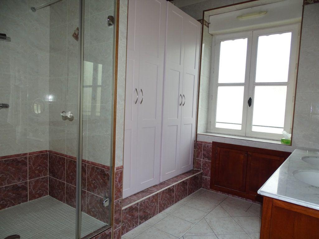 Appartement à vendre 8 324.41m2 à Saint-Chamond vignette-7