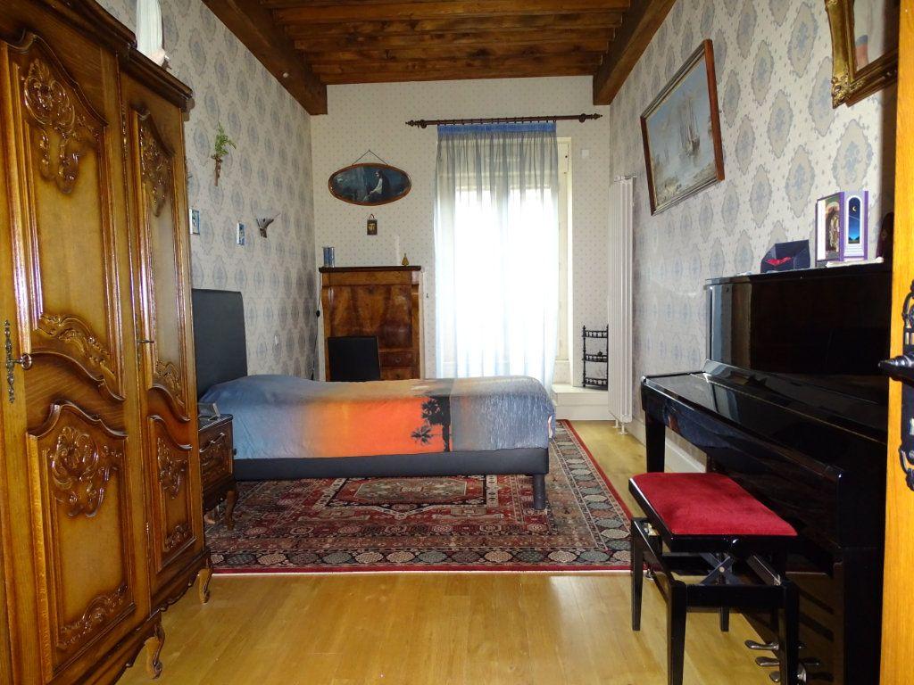 Appartement à vendre 8 324.41m2 à Saint-Chamond vignette-8