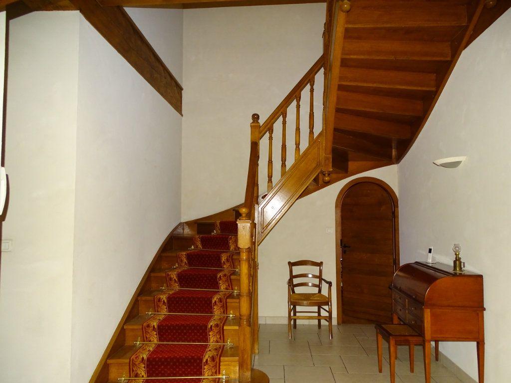 Appartement à vendre 8 324.41m2 à Saint-Chamond vignette-9