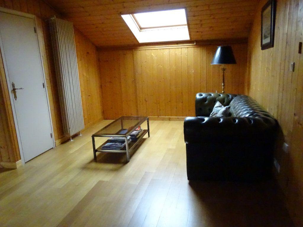Appartement à vendre 8 324.41m2 à Saint-Chamond vignette-11