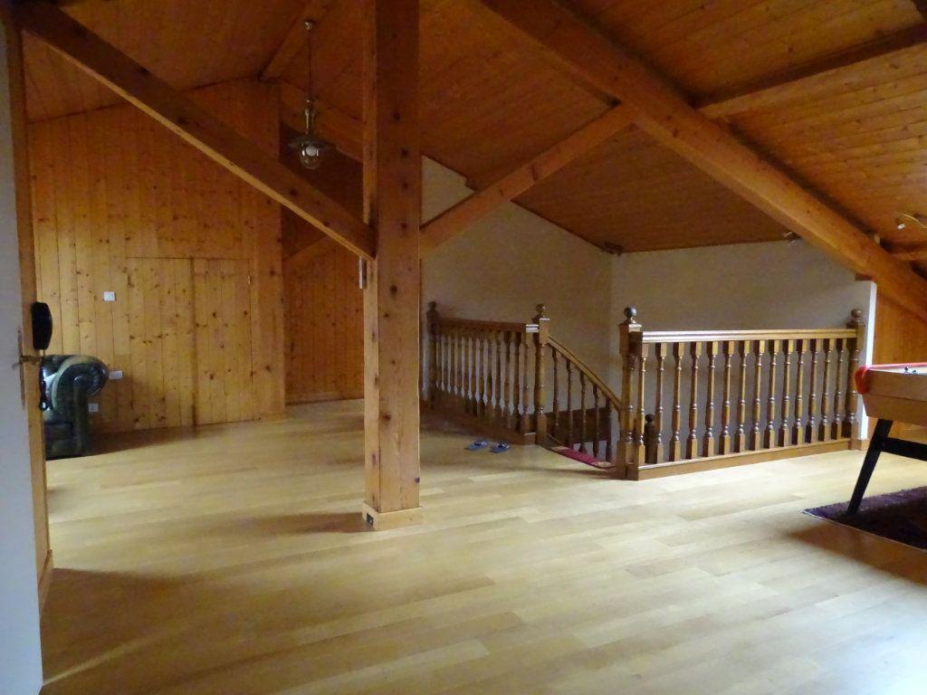 Appartement à vendre 8 324.41m2 à Saint-Chamond vignette-16