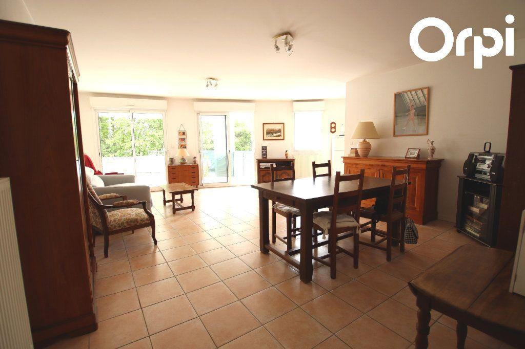 Appartement à vendre 3 74.5m2 à Royan vignette-3