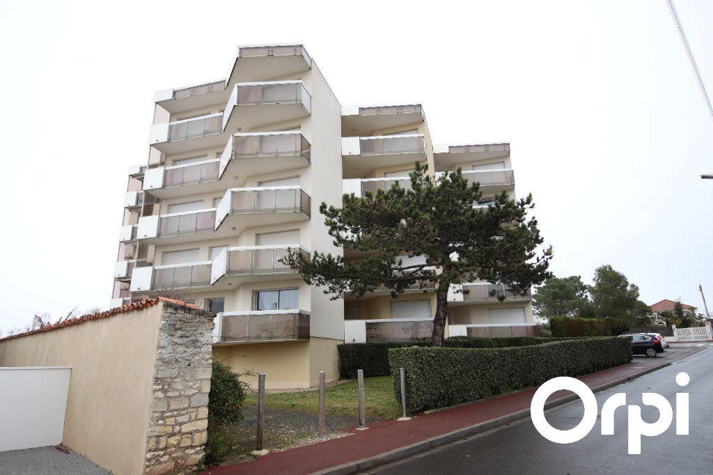 Appartement à vendre 2 63.1m2 à Vaux-sur-Mer vignette-2