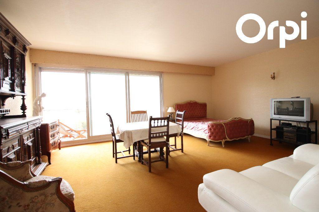 Appartement à vendre 2 63.1m2 à Vaux-sur-Mer vignette-3