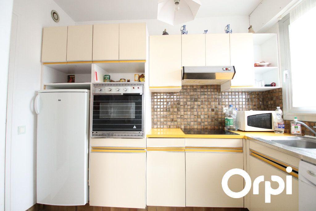Appartement à vendre 2 63.1m2 à Vaux-sur-Mer vignette-4
