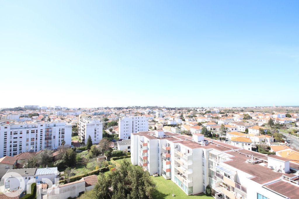 Appartement à vendre 4 78.58m2 à Royan vignette-1