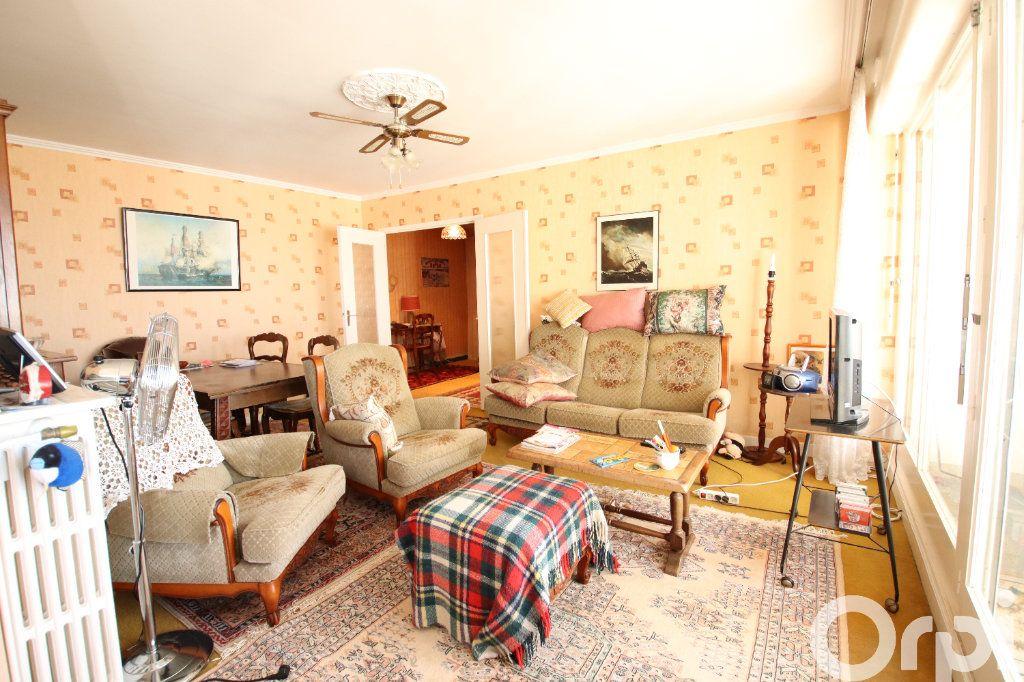 Appartement à vendre 4 78.58m2 à Royan vignette-2