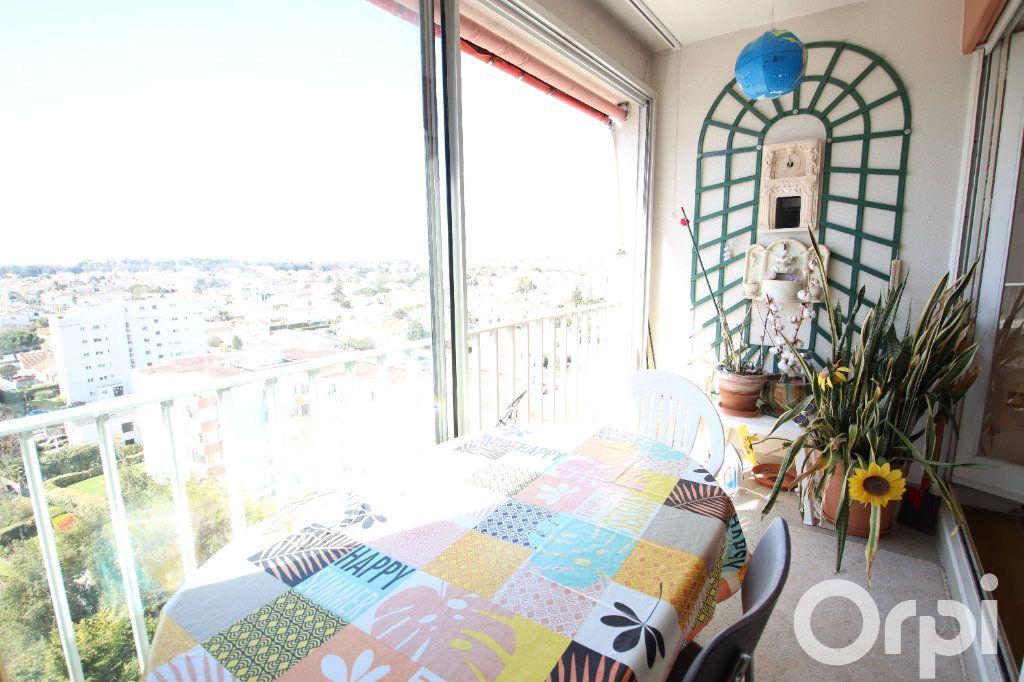 Appartement à vendre 4 78.58m2 à Royan vignette-4