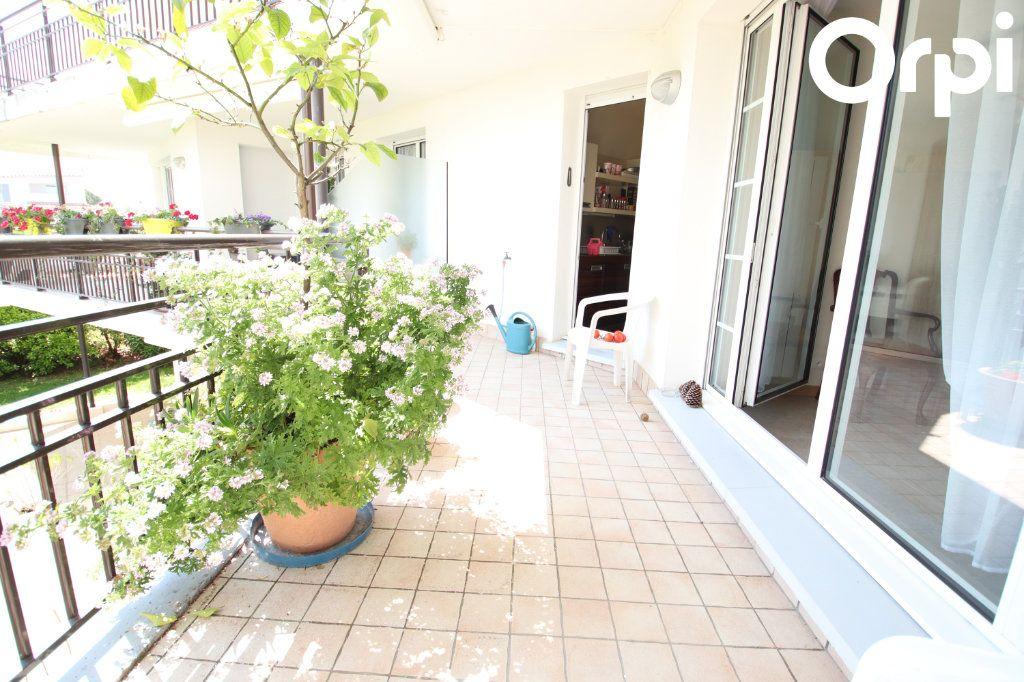 Appartement à vendre 3 89m2 à Royan vignette-2