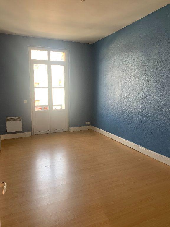 Appartement à vendre 3 70.37m2 à Royan vignette-4