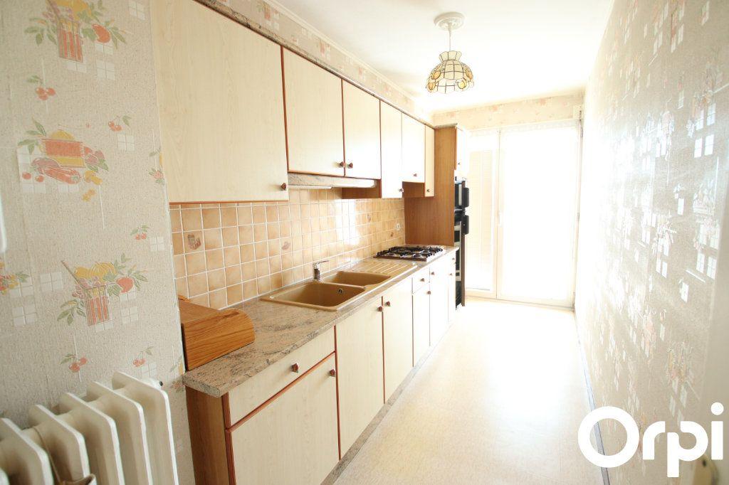Appartement à vendre 2 50.2m2 à Royan vignette-3