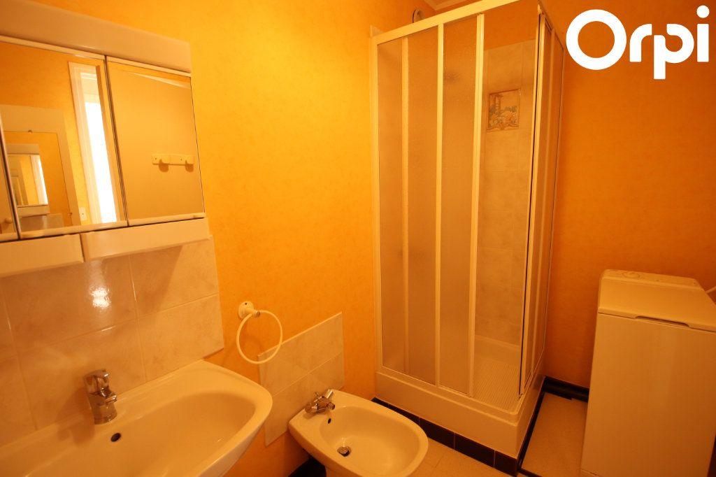 Appartement à vendre 2 50.2m2 à Royan vignette-5