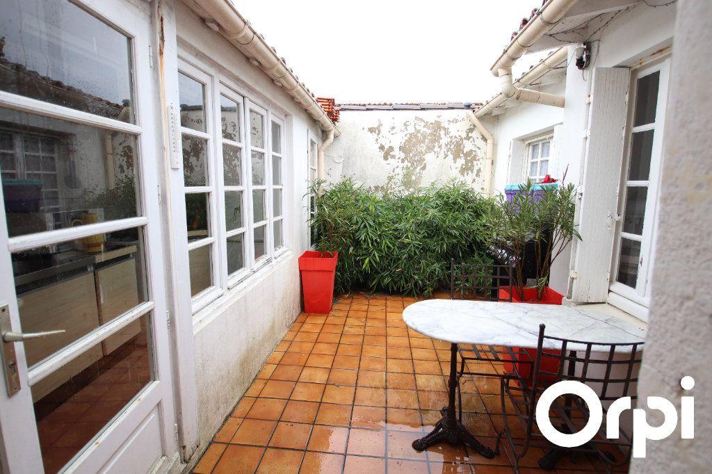 Maison à vendre 2 45m2 à Talmont-sur-Gironde vignette-1