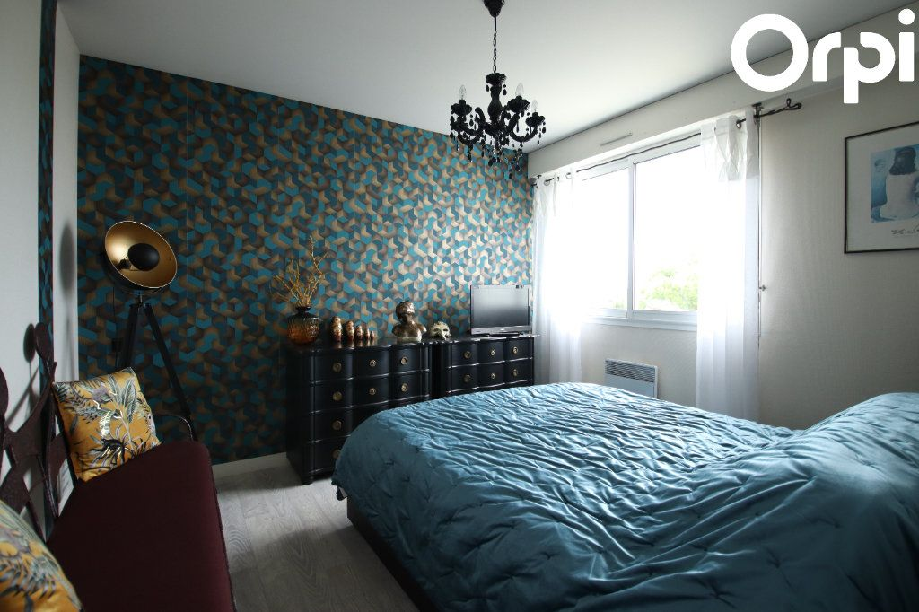 Appartement à vendre 3 72.26m2 à Royan vignette-4
