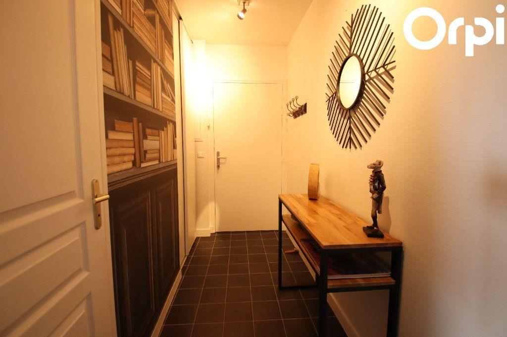 Appartement à vendre 3 72.26m2 à Royan vignette-5