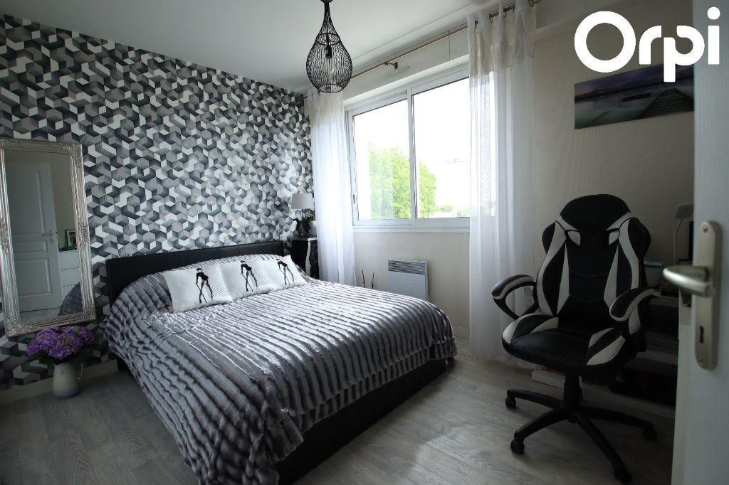 Appartement à vendre 3 72.26m2 à Royan vignette-6