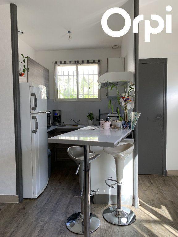 Maison à vendre 7 130m2 à Saint-Georges-de-Didonne vignette-10