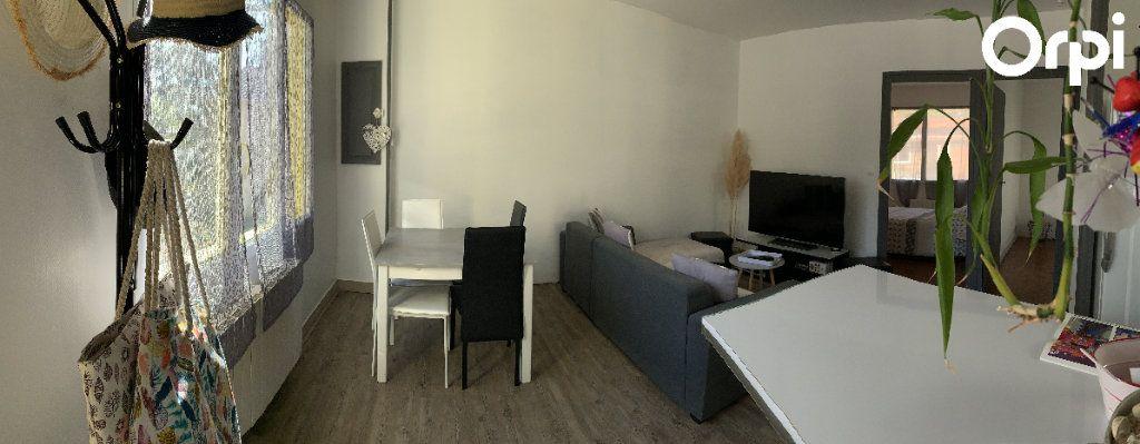 Maison à vendre 7 130m2 à Saint-Georges-de-Didonne vignette-12