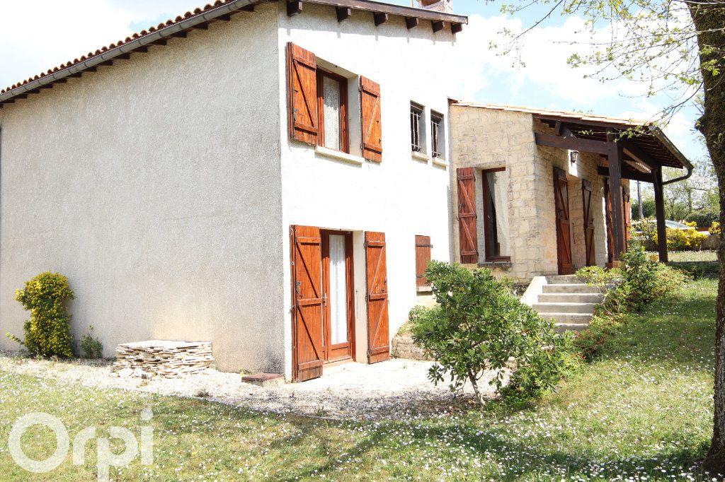 Maison à vendre 6 130m2 à Vaux-sur-Mer vignette-2